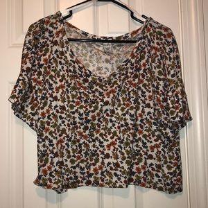 Nwot floral crop t shirt
